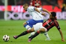 inter wave goodbye to title hopes as milan roll on
