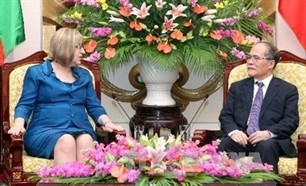 na chairman vietnam hopes to boost ties with bulgaria