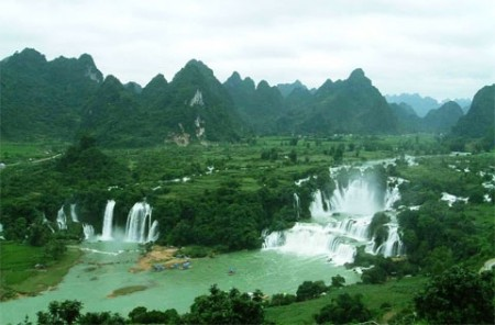 luxury resort to be built at ban gioc falls