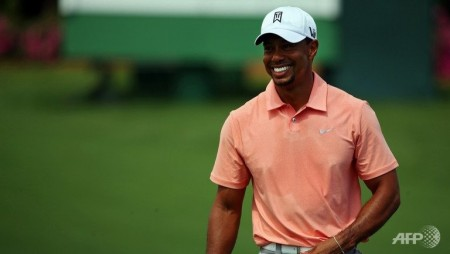 tiger woods roars into masters seeking end to major drought