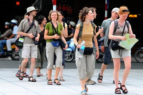travel firms keep insisting on visa waver