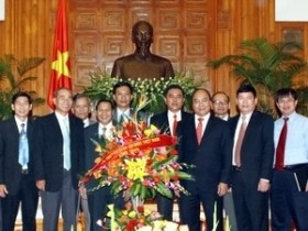 deputy pm meets with vietnam christian mission