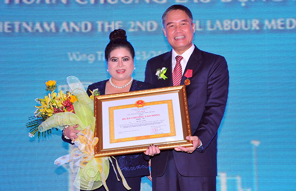 phu my 3 celebrates decade with labour order