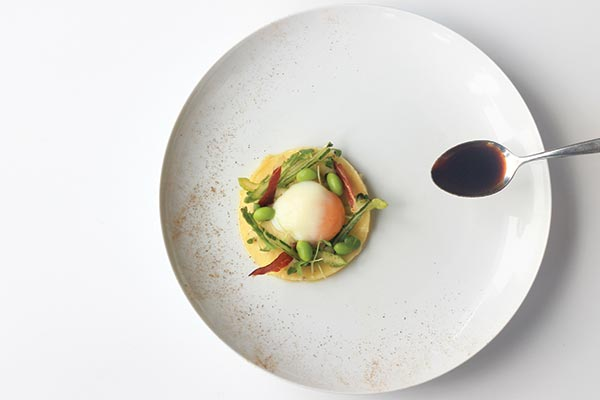 exclusive sunday brunch at jw marriott hanoi