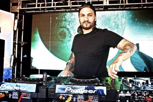 Thế giới DJ nổi tiếng thực hiện tại Việt Nam