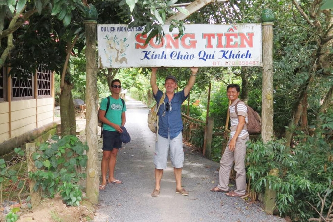 top 5 travel experiences for tourists in vietnams western region