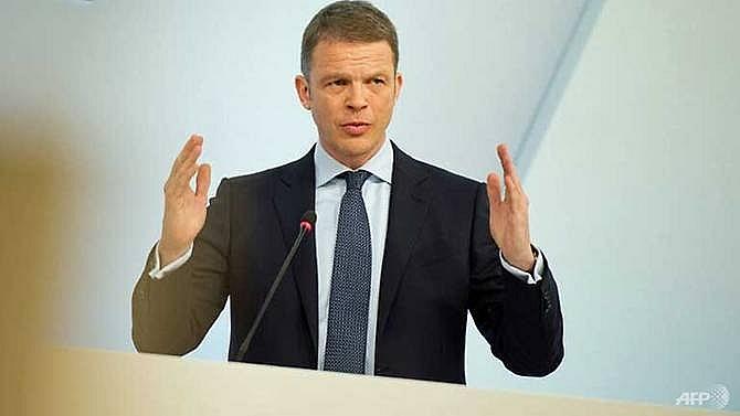 crisis hit deutsche bank replaces british ceo