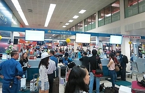 over 10000 flights delayed cancelled in first quarter