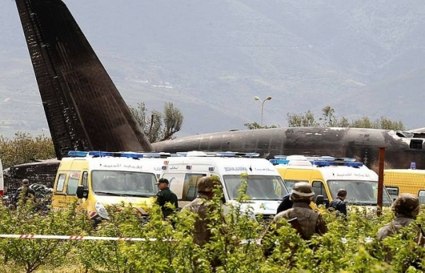 257 dead as military plane crashes in algerias worst air disaster
