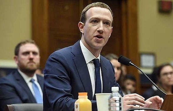 zuckerberg defends facebooks business model as hearings end