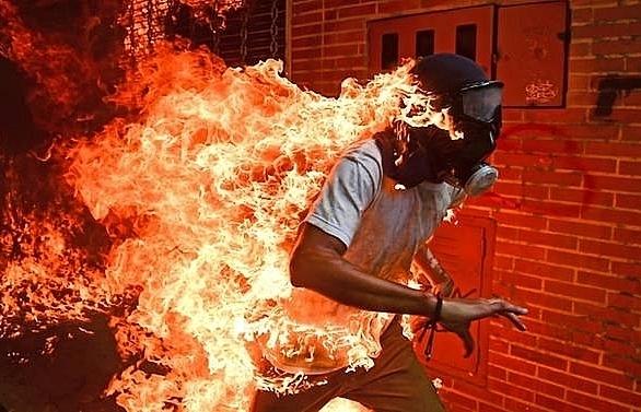 burning man image wins top prize at world press photo awards