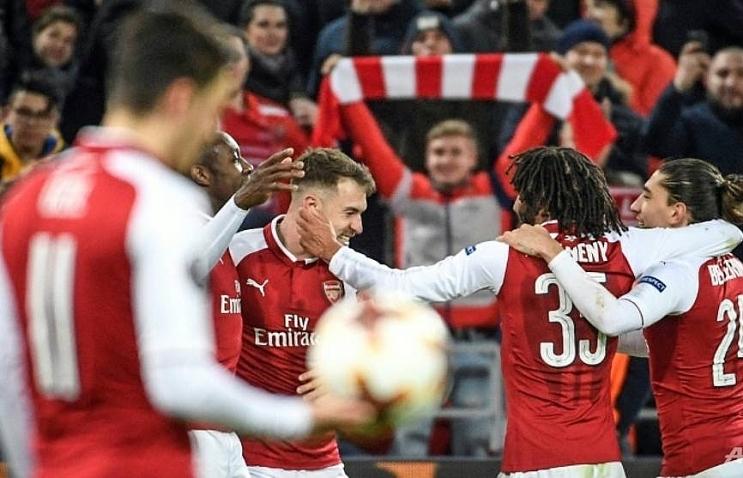arsenal face atletico madrid in europa league semi final