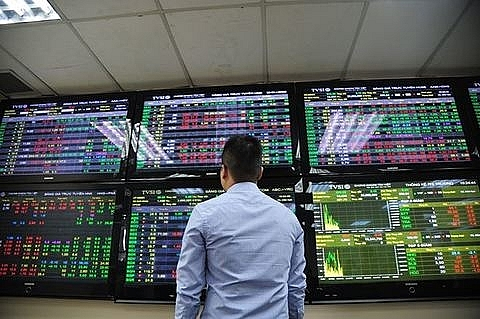 vn stocks decline investors worried about market volatility