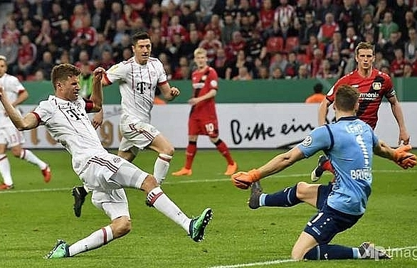 bayern rout leverkusen to cruise into german cup final