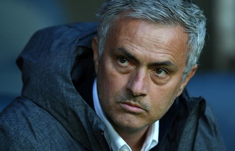 mourinho warns man utd that top four isnt safe yet