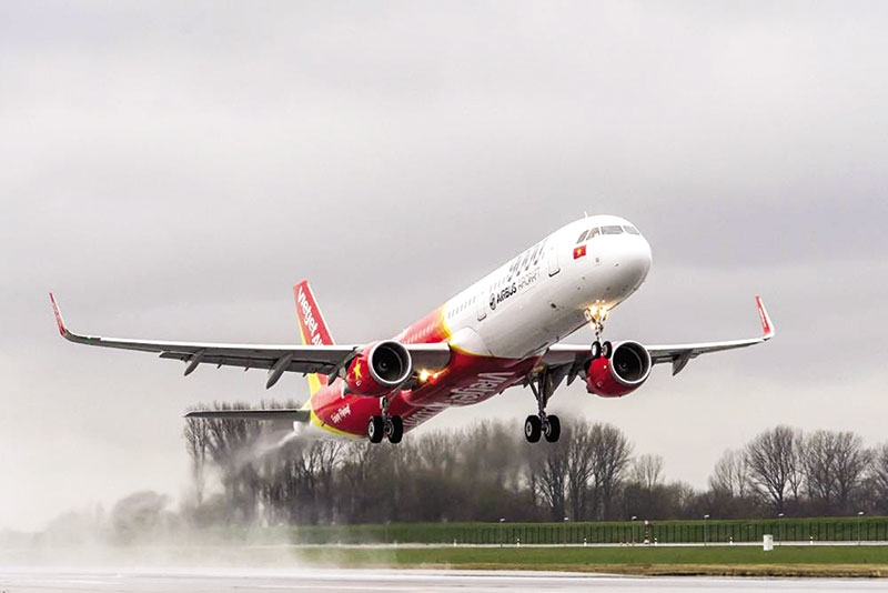 vietjet expands amid oil price hike