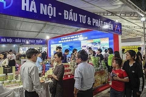 100 firms take part in international trade fair of northwest region