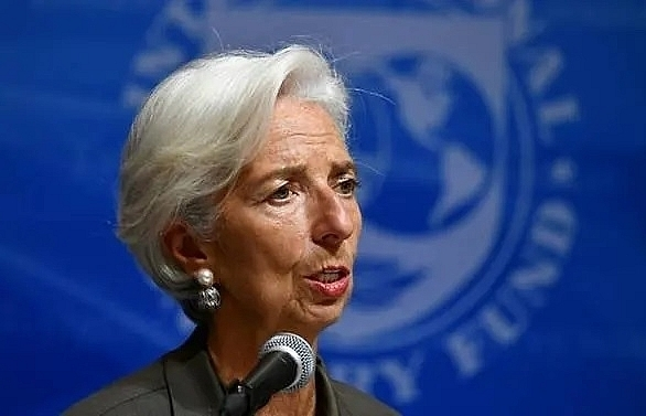 precarious global rebound expected in late 2019 imfs lagarde