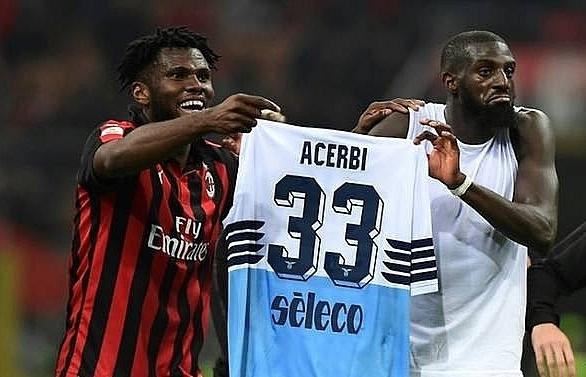 ac milan fined 86000 for kessie bakayoko shirt prank