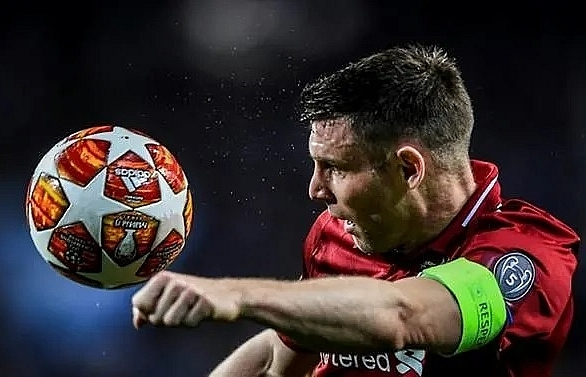 liverpools milner cheering on manchester united