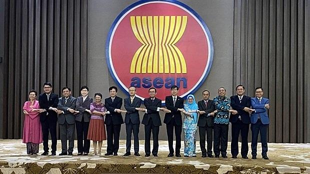 rok seeks asean3 summit on covid 19