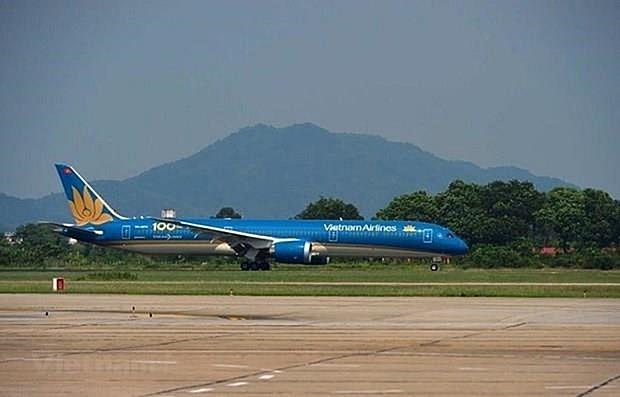 vietnam airlines adjusts flights to da nang due to new quarantine policy