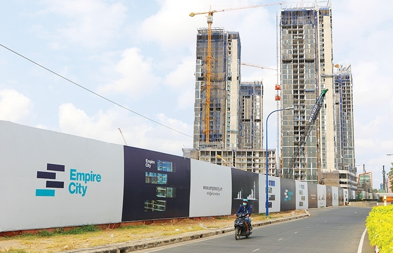 empire city leaders vow to kick off 88 storey tower