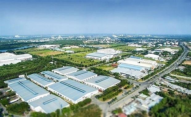 vietnam remains attractive destination to investors