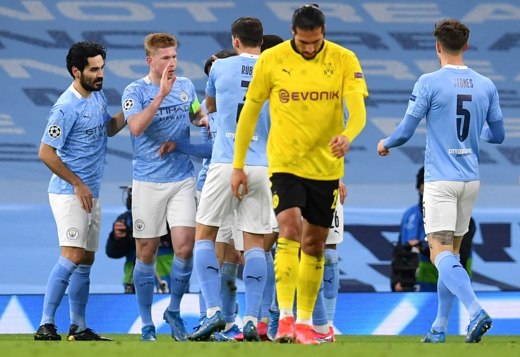 foden hands man city late advantage against dortmund