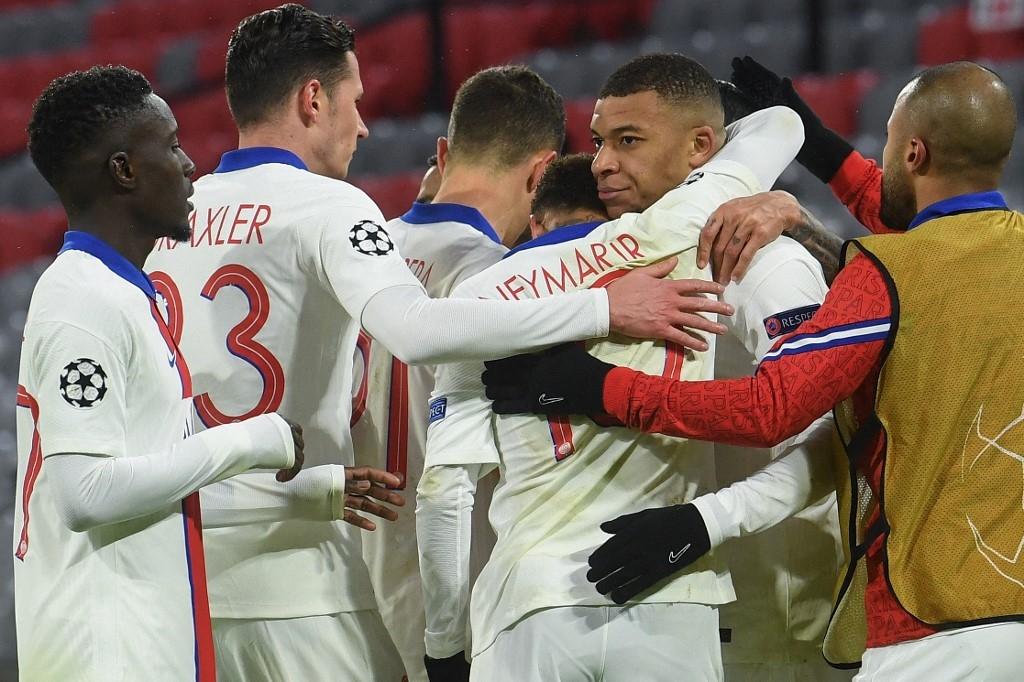 mbappe stars as psg win at holders bayern munich