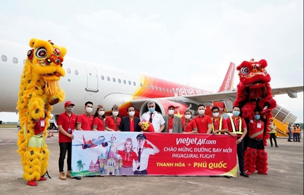vietjet connects phu quoc with thanh hoa dalat nha trang hue can tho