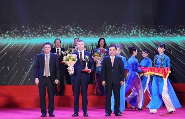 nestle vietnam takes award for bettering lives across vietnam