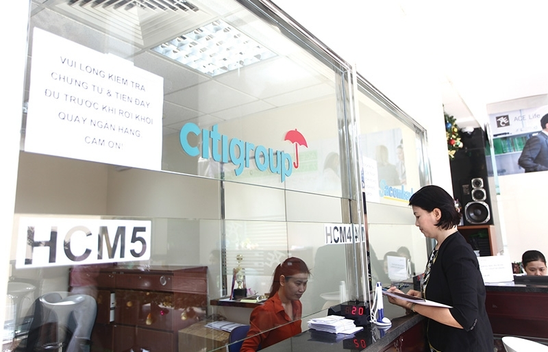 citigroup in retreat from retail banking