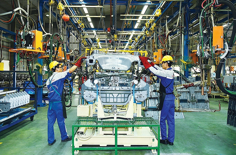 1541 p9 cooperation crucial to build competent auto industry
