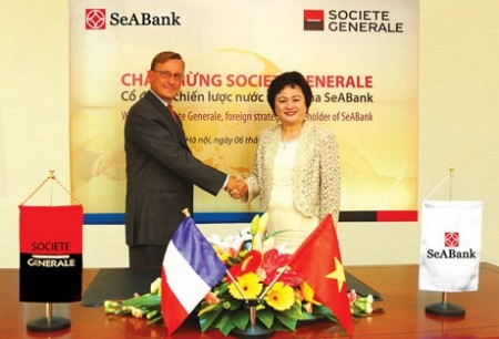 local banks learn people strategies from foreign counterparts