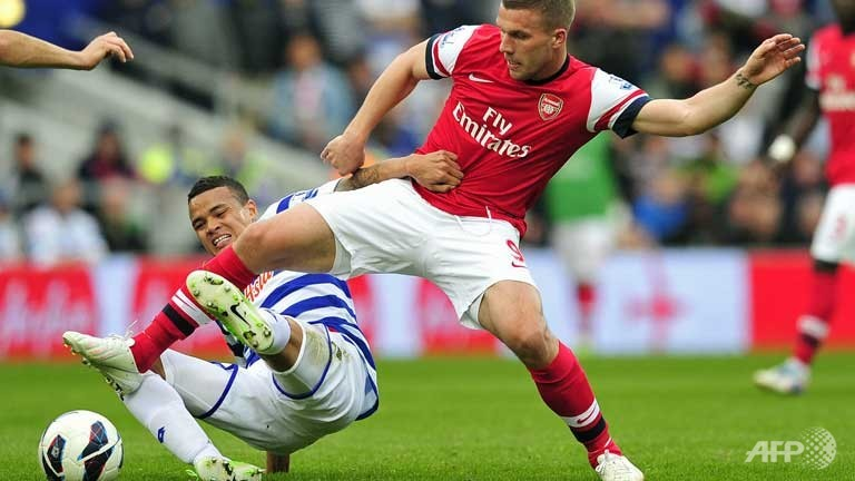 Arsenal beat QPR to climb into third spot in Premier League