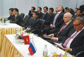 PM visits to usher in key deals