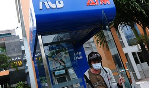 four former bank officials related to acb scandal arrested