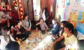 Vietnamese islanders host tourists at home for free