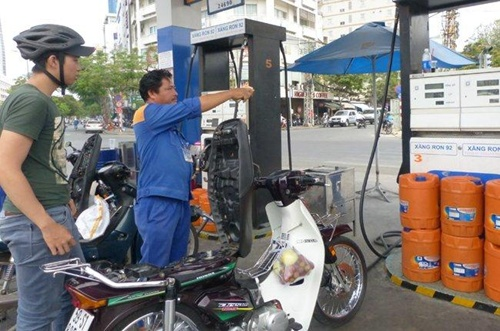 gasoline prices rise by 6 cents