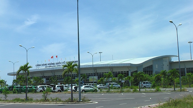 Vietnam rushes to expand international terminals
