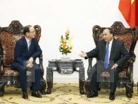 Samsung contributes significantly to Vietnam's economy: PM