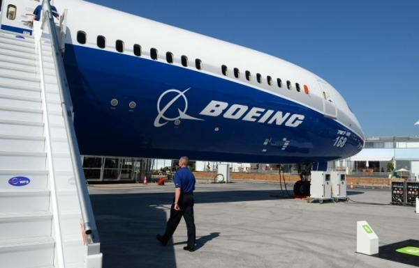 boeing buys aviation parts company klx for 425b