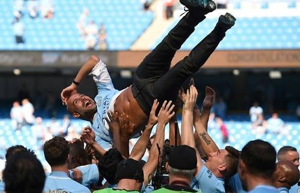 guardiola sets citys sights on premier league title defence