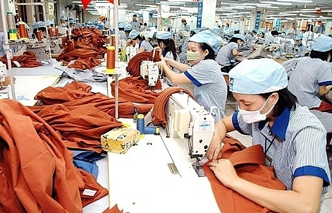 garments gain 2nd largest export value