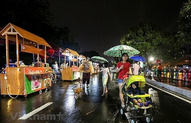 hanoi has second pedestrians space