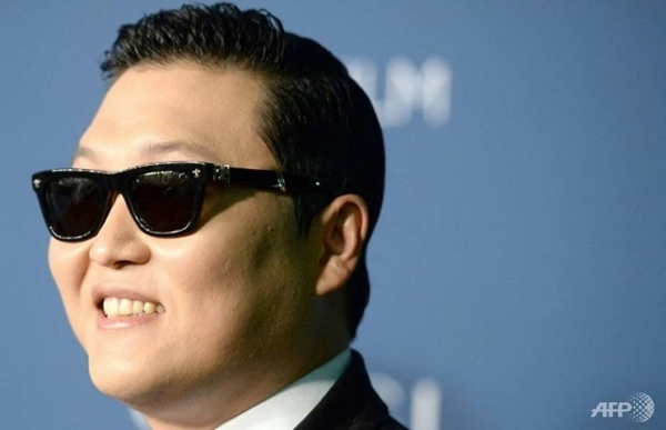 Freelance style: Psy splits from agent