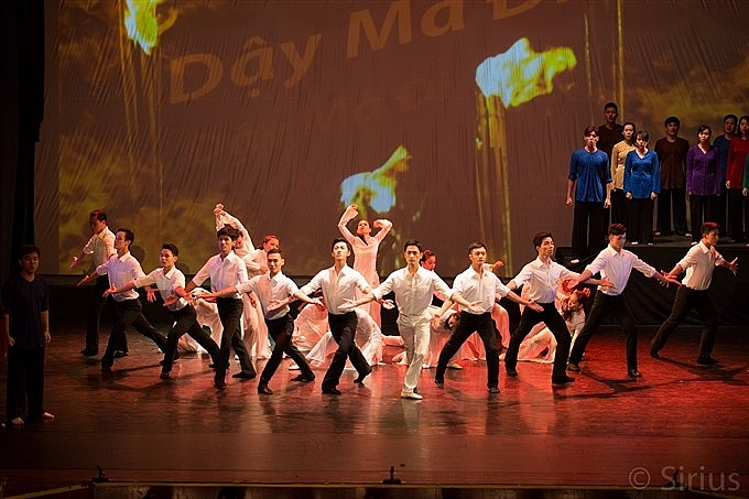 dance and music show celebrate president ho chi minhs birthday