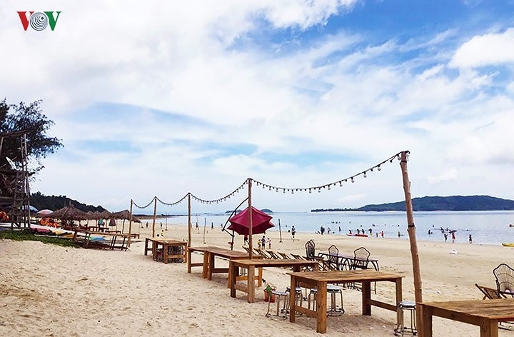 perfect beaches for a relaxing break in northern vietnam