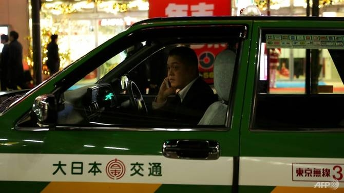 uber taps into japan with first taxi hailing pilot